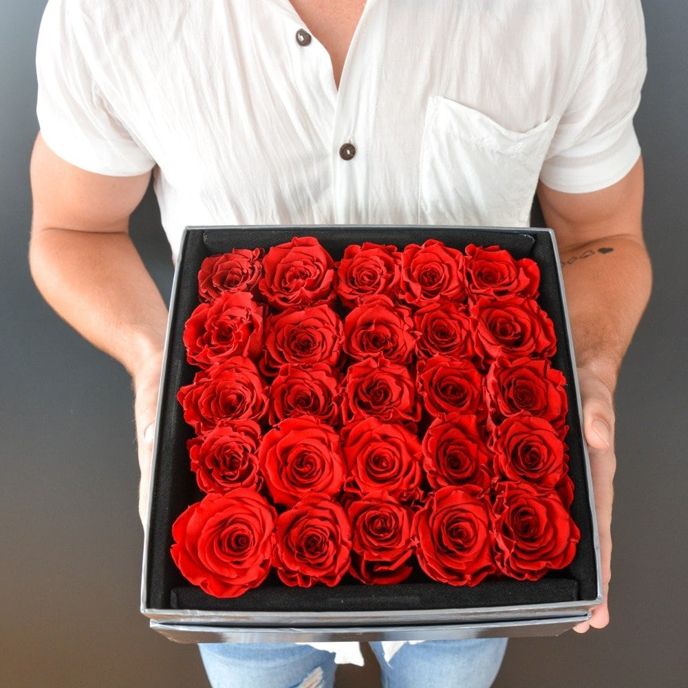 Roses Only flower delivery Miami