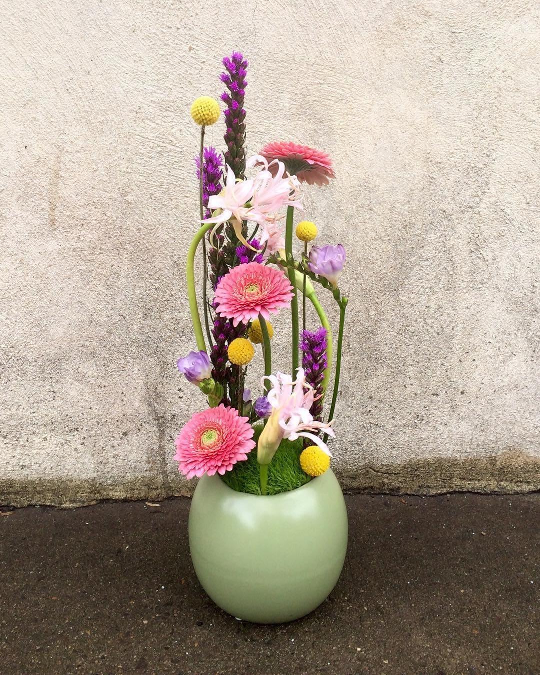 Pure Design Philadelphia Flower Delivery