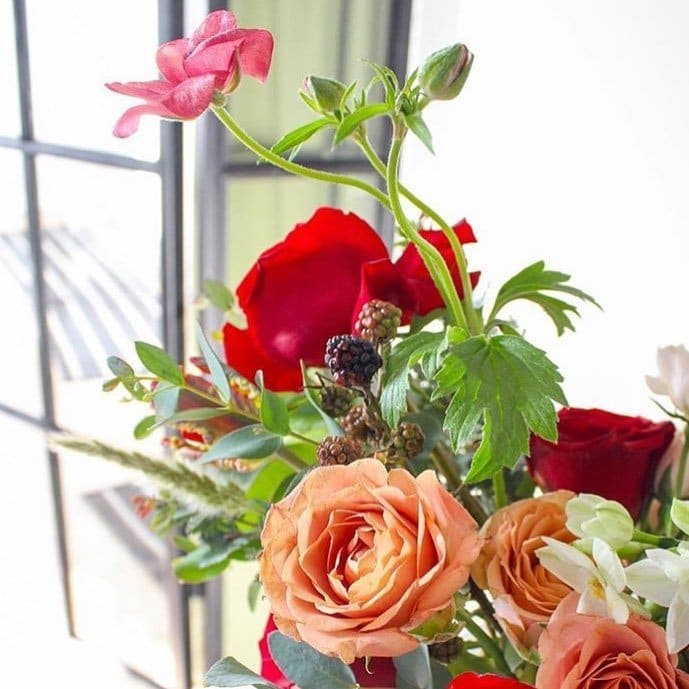Field & Florist Flower Delivery Chicago