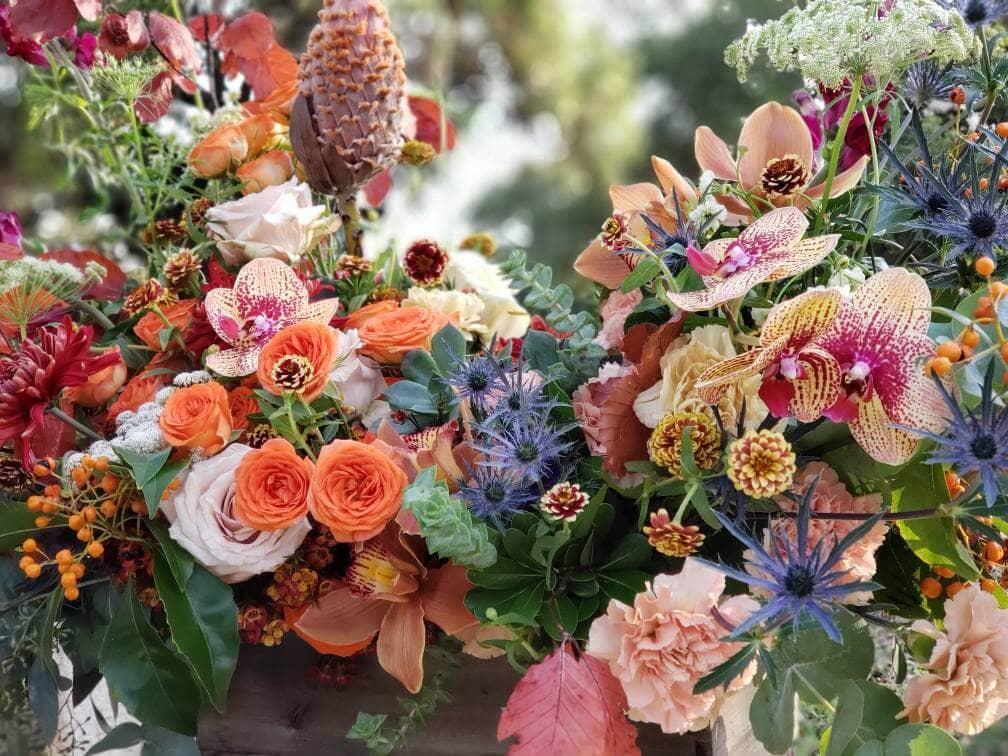 Locker's Florist Flower Design in Milwaukee