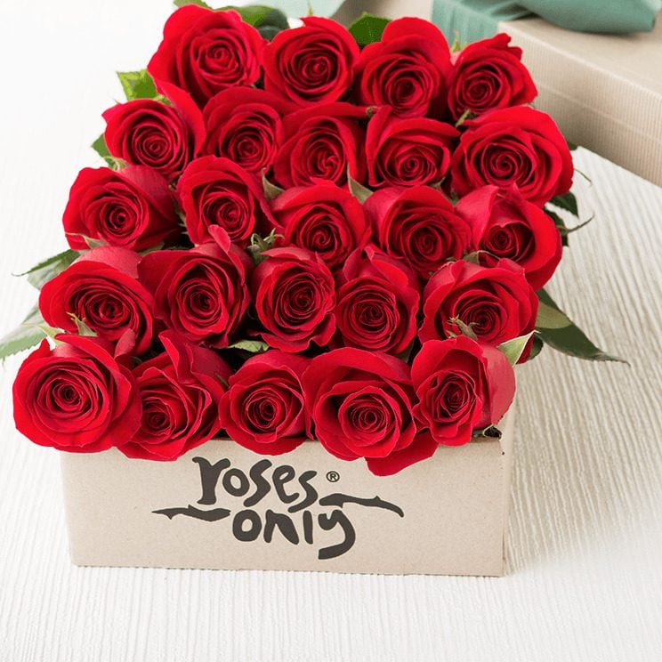 Roses-Only-Flower-Delivery-in-Singapore
