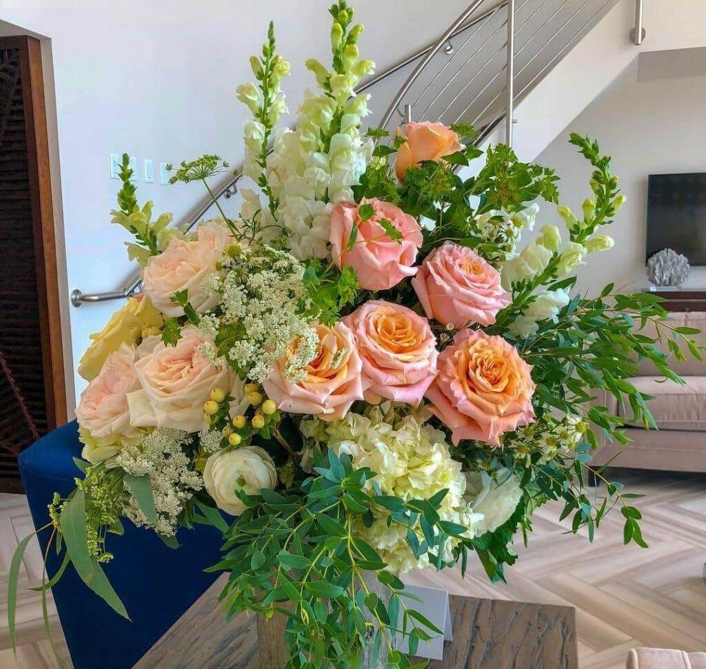 Lush Flowers Flower Shop in Houston 2
