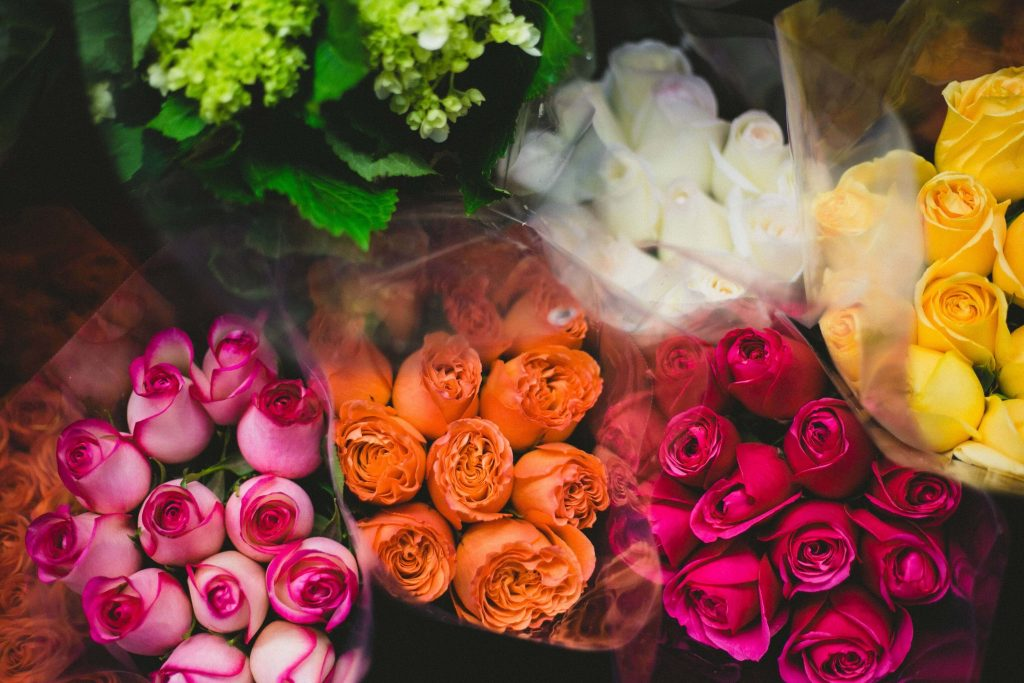 What the number of rose flowers in a bouquet represents
