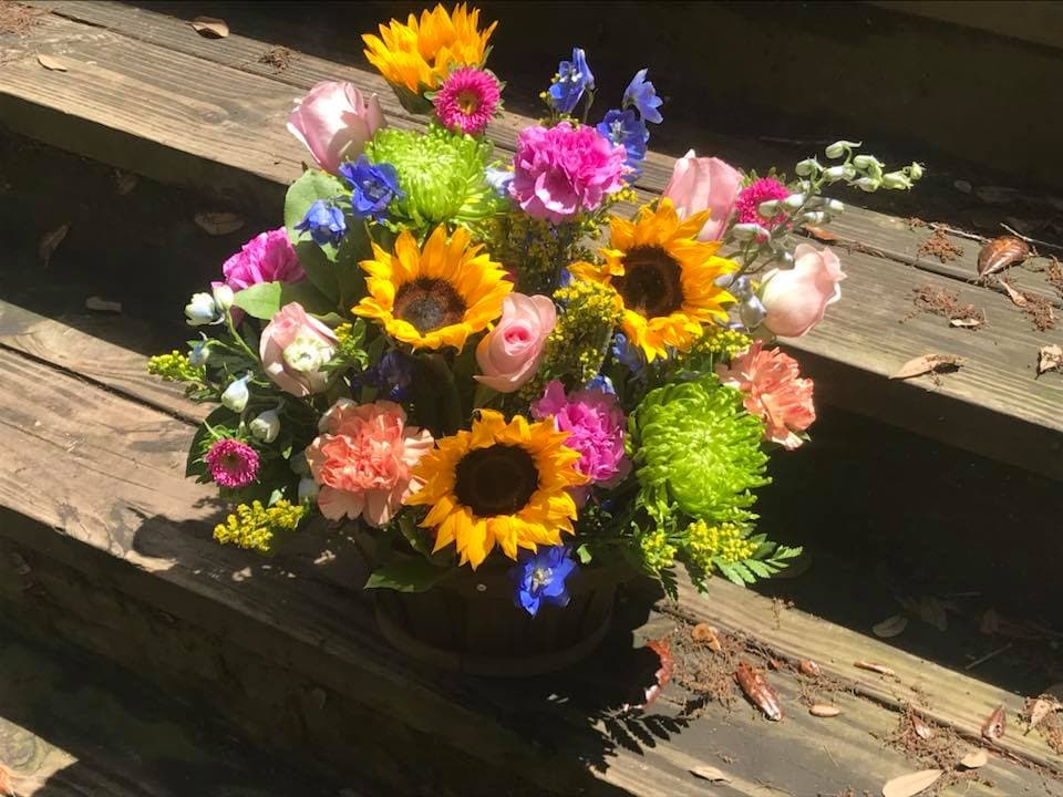 Blessin's N Blooms Same Day Flower Delivery in Jacksonville, Florida