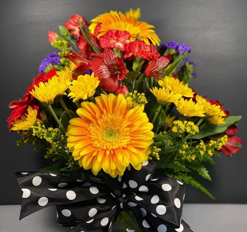 Elaine's Flower Shoppe Same Day Flower Delivery in Buffalo, NY