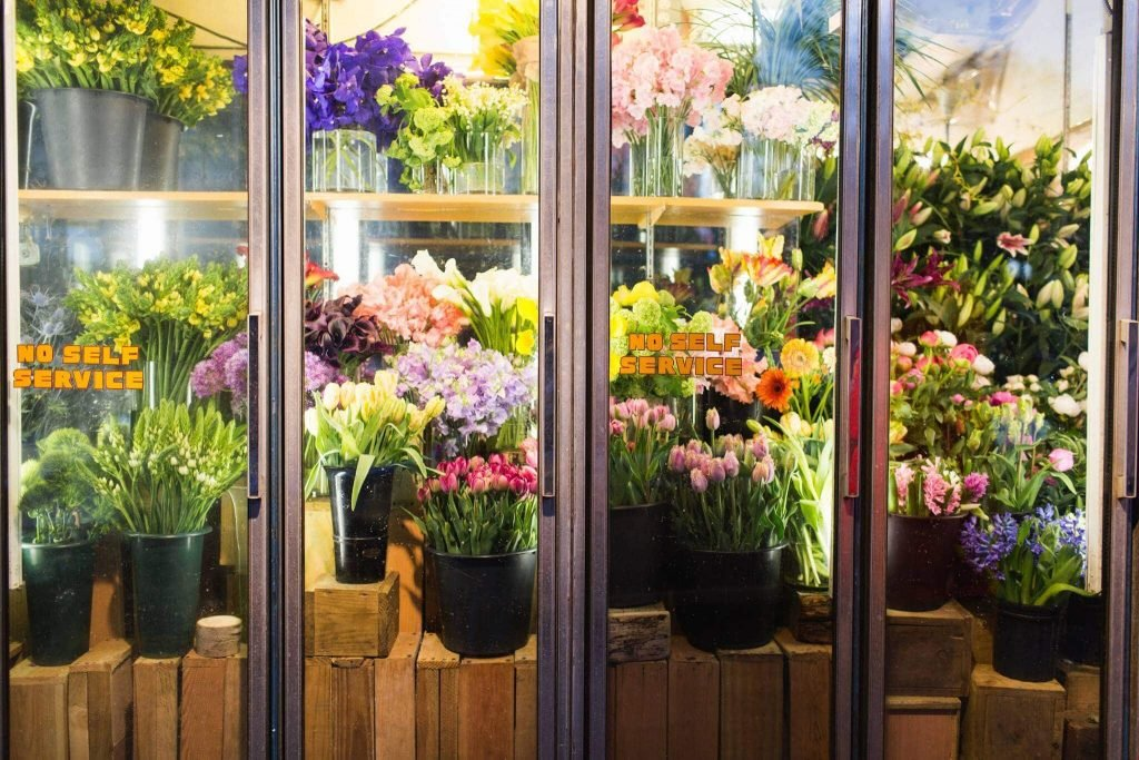 Sunny's Florist Cheap Flower Shop and Flower delivery in the East Village, Manhattan