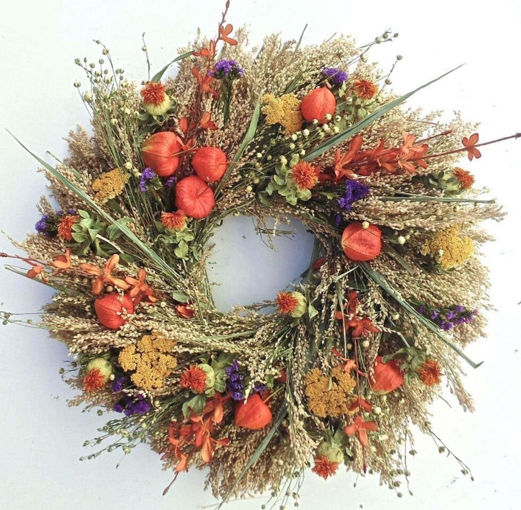Wreaths and garlands for sale at Etsy