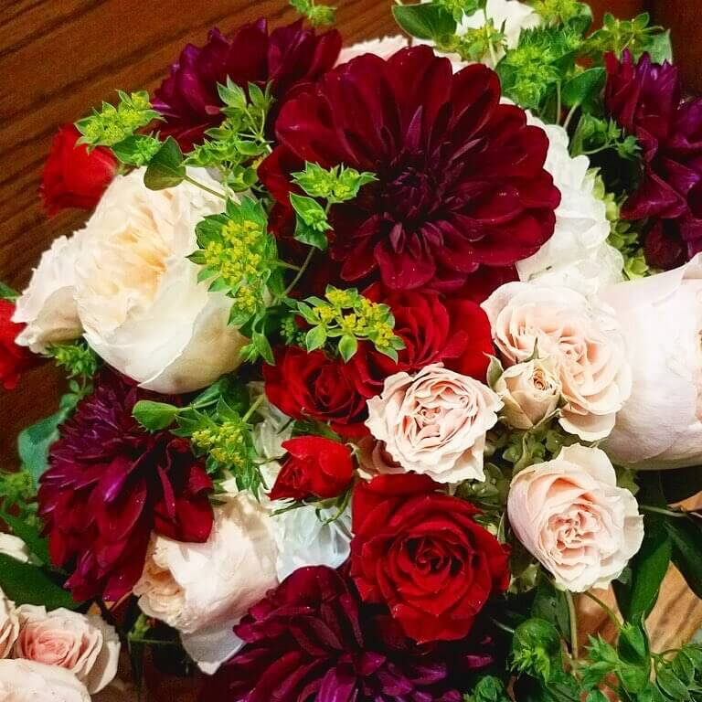 Bunches Flower Shop Roses Delivery in Chicago