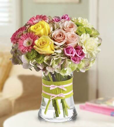 French Florist Rose Flower Delivery in Los Angeles, California