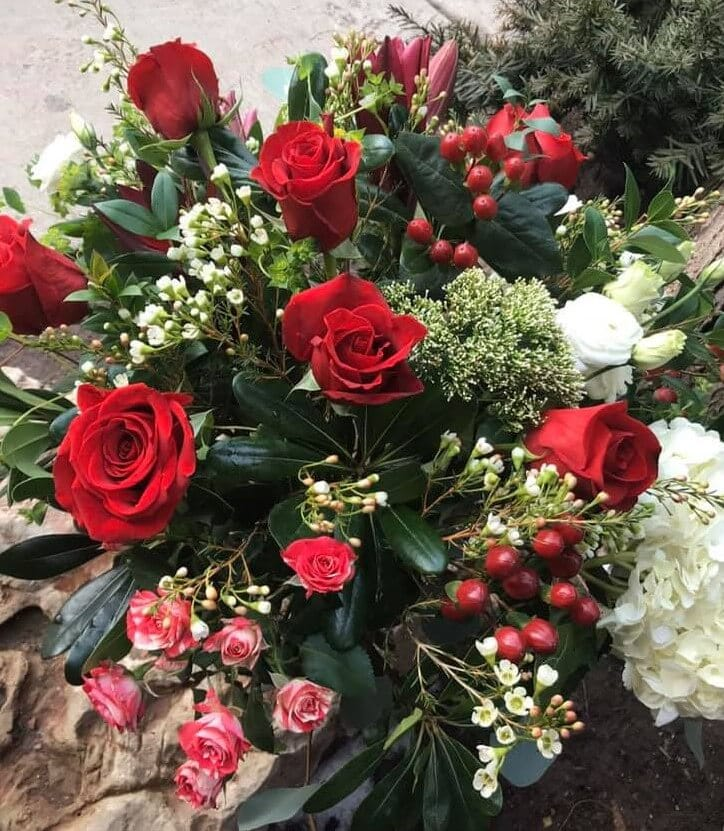Halsted Flowers Roses Delivery in Chicago