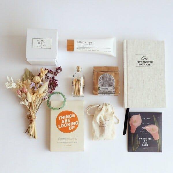 Floom Gift Basket Delivery Los Angeles