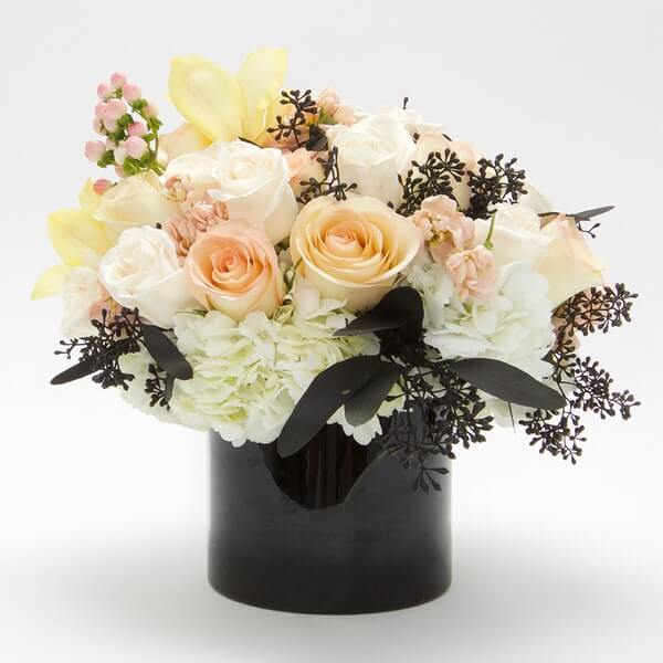 Floom Same Day Flower Delivery in Paramount California