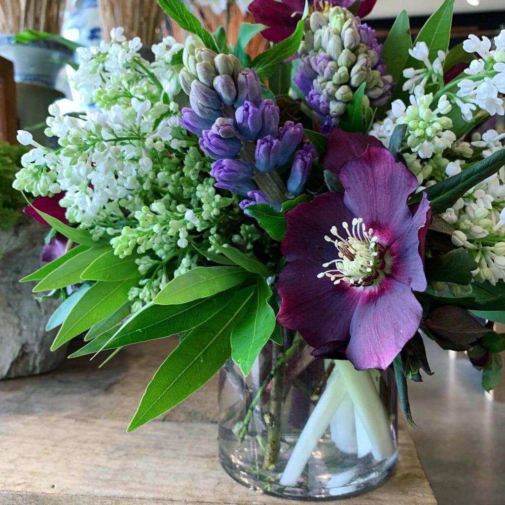 Garden District Flower Delivery in Memphis TN