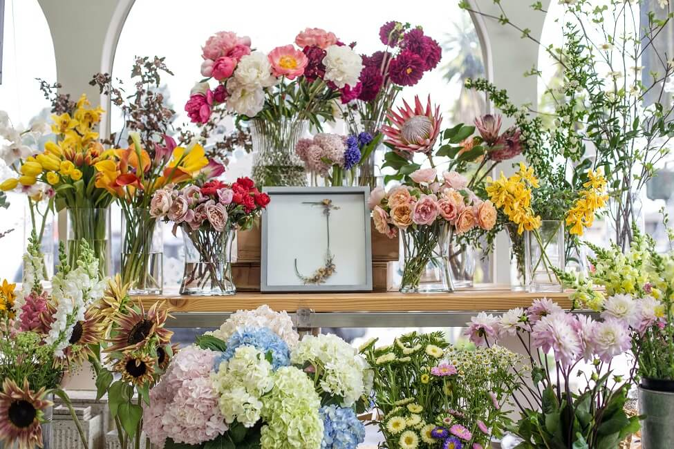 J Flowers Flower Delivery in Gardena, California