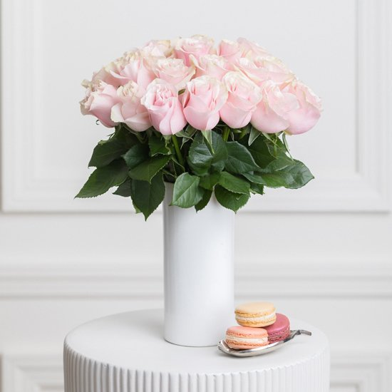 Ode a la Rose Pink Roses Delivery in NYC