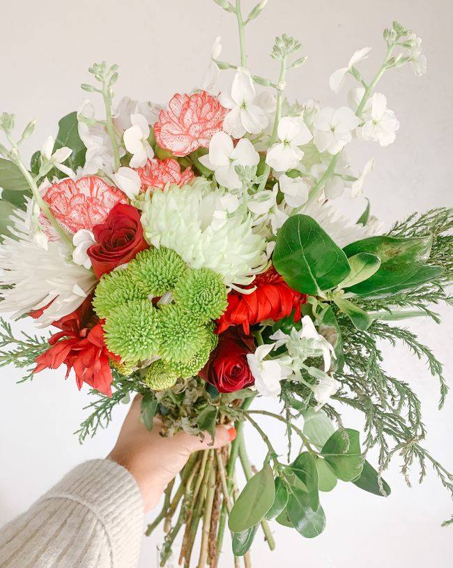 BloomsyBox Flower Subscription Service in the USA