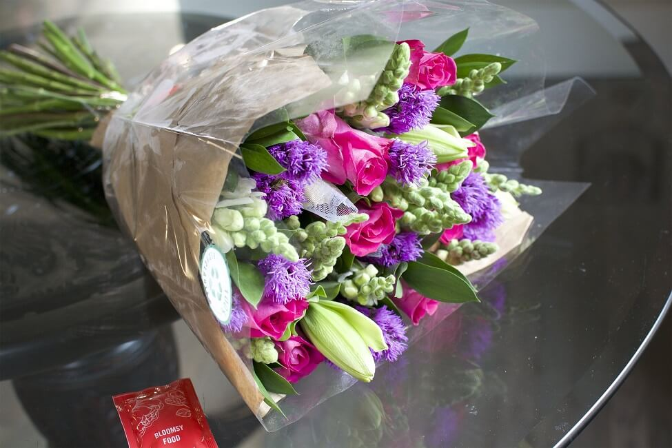 BloomsyBox Flowers and Flower Food