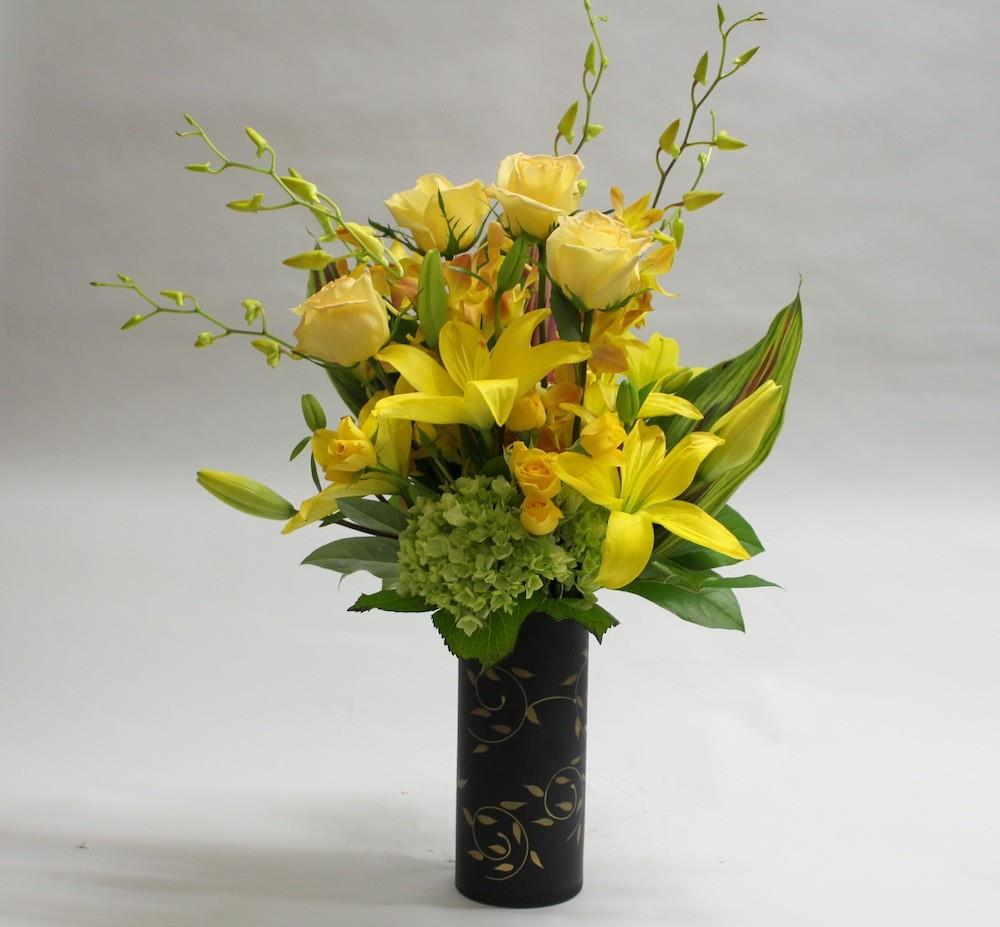 Farrah's Florist and flower delivery in Santa Monica, CA