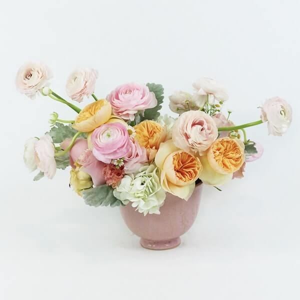 Floom Flower Delivery in Highland Park. CA