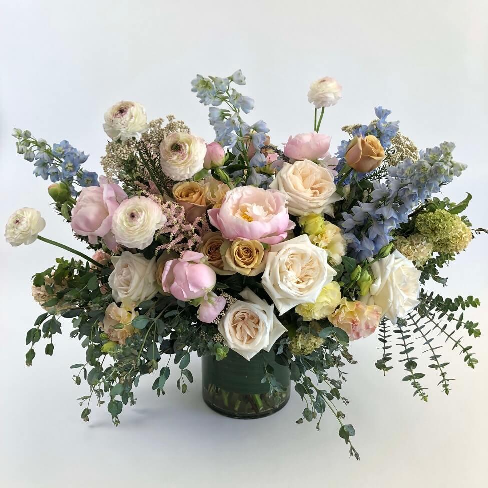In Blume Flower Delivery in Burbank, California