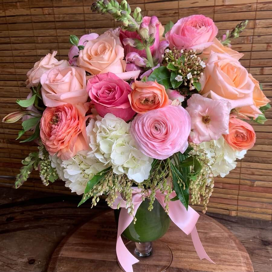 Instyle Flowers for Delivery in Manhattan Beach, CA