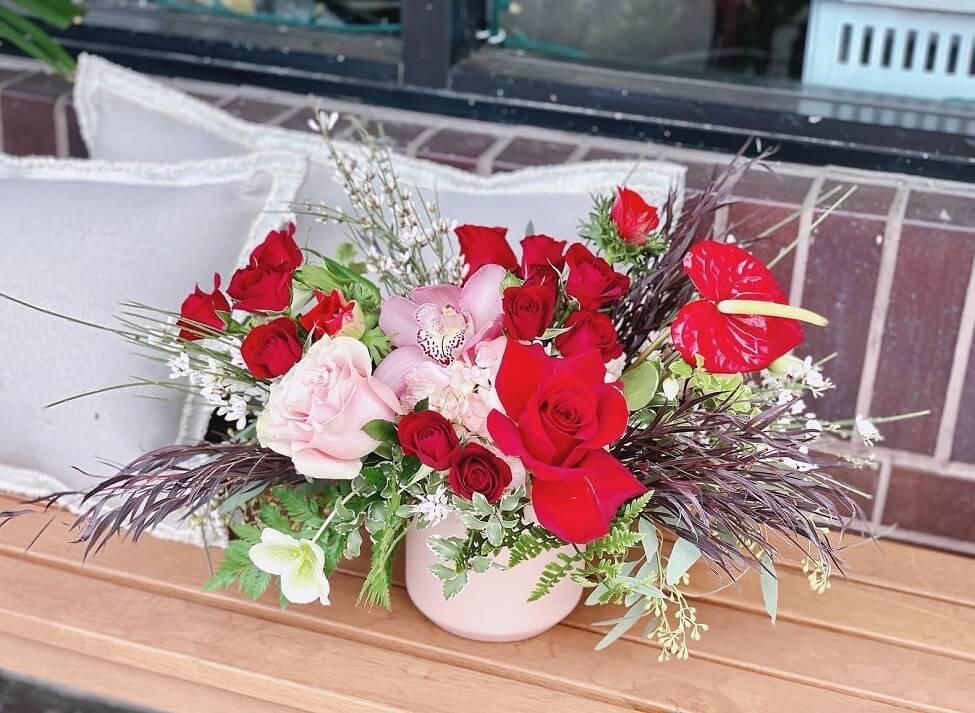 La Petite Fleur Flower Delivery in San Dimas, California