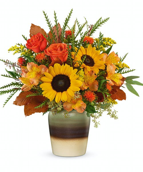 Ron & Alicia Robinson Florist and flower delivery in Whittier, CA