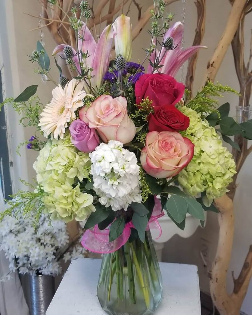 Valley Florist and Flower Delivery in La Mirada, CA