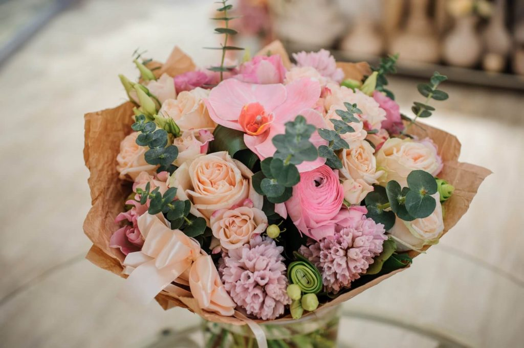Best Florists for Flower Delivery in Bell, CA