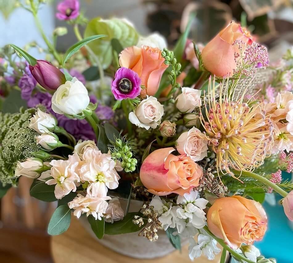 Aquarela Gifts & Flowers in Sierra Madre, CA