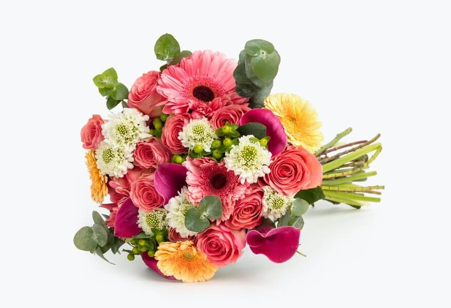 BloomsyBox Flower Delivery in Artesia, California