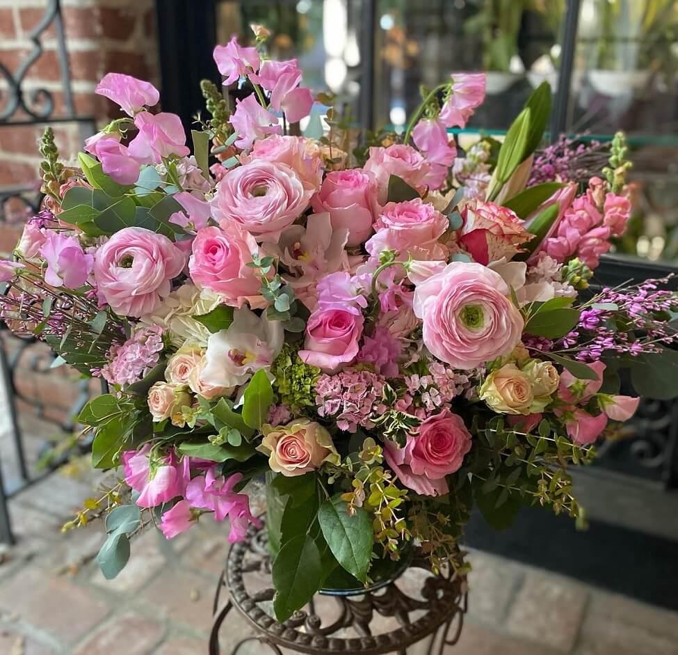 Brad Larsens Florals Flower Delivery Service in South Pasadena, CA