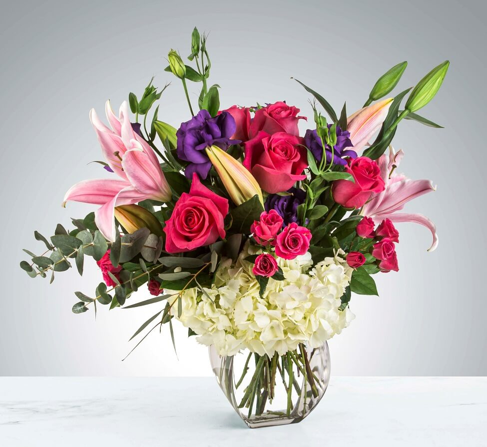 Brenda's Flowers for Delivery in Sunset Park, Los Angeles, CA