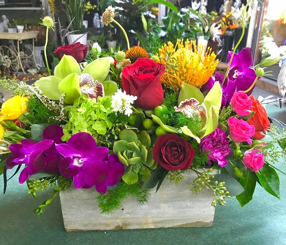 Cypress Florist Flower Delivery in Hawaiian Gardens, CA