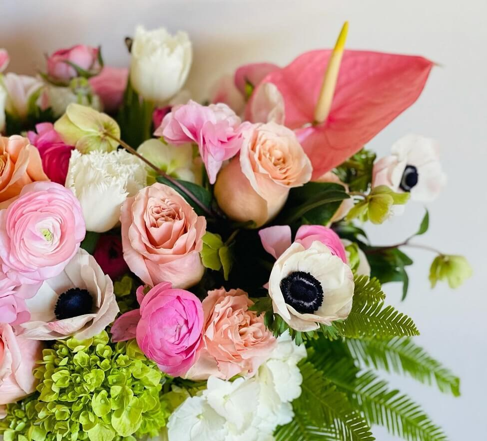 Ezai Floral Design Studio and Flower Delivery Service in Pacific Palisades, Los Angeles