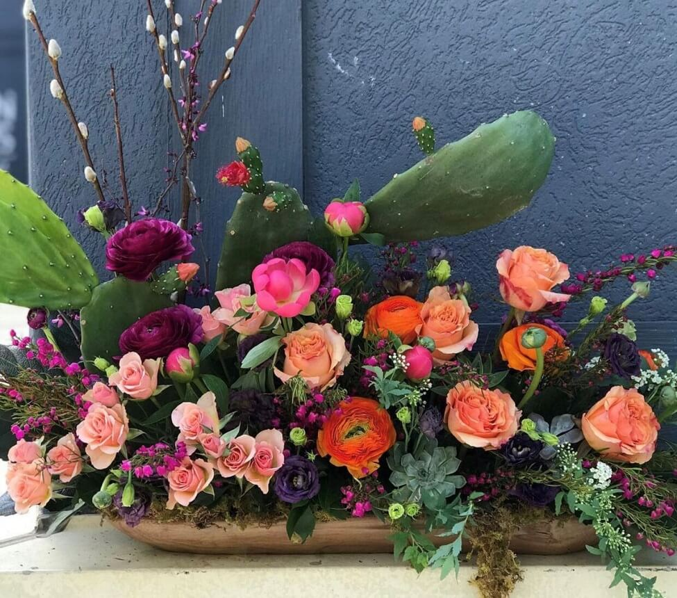 Florist Fire Flower Delivery in Tampa, Florida