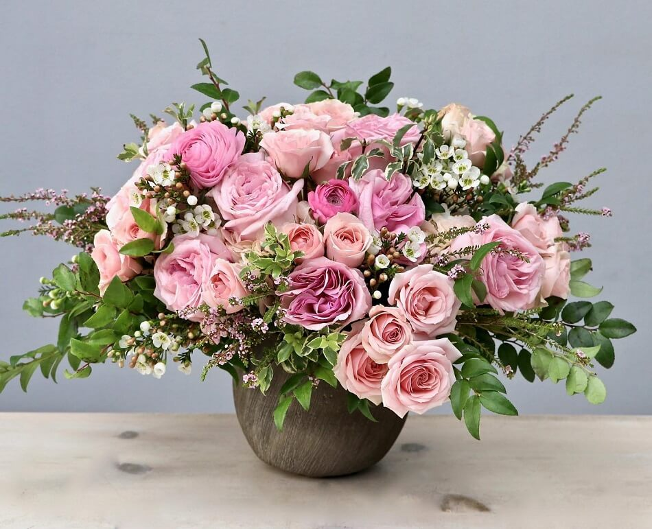 Flowers & More Flower Delivery in Santa Clarita, CA