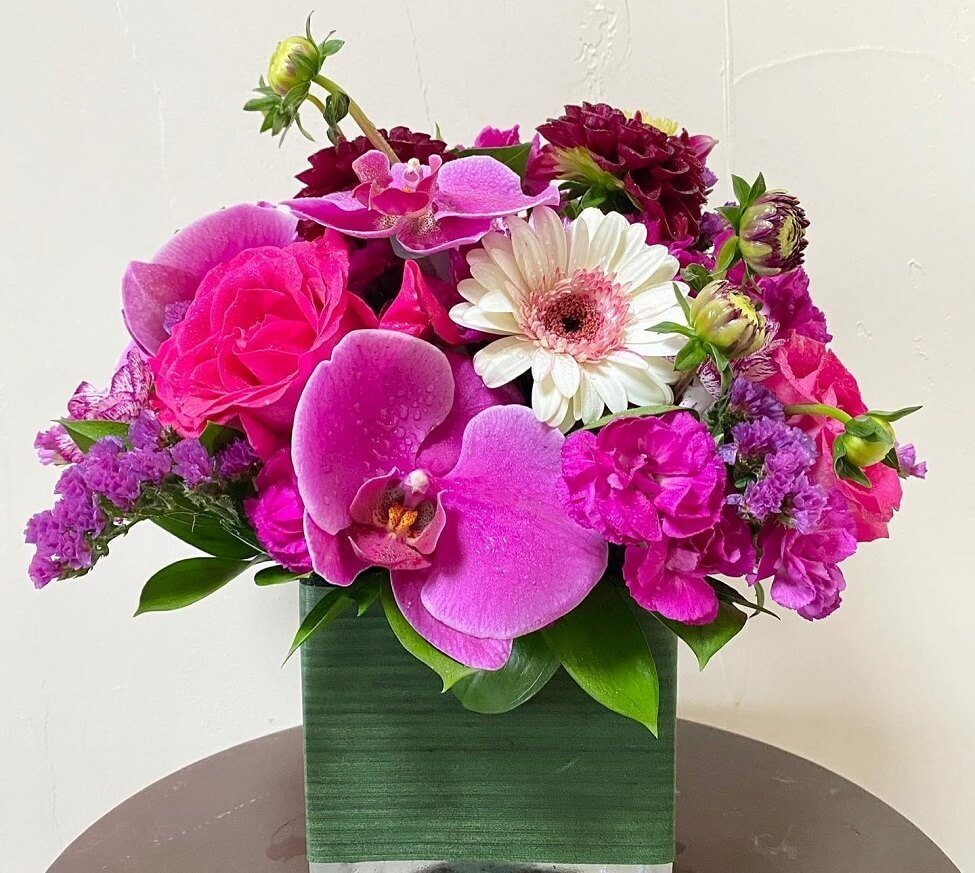 Into Blooms Flower Delivery in Westlake Village, CA