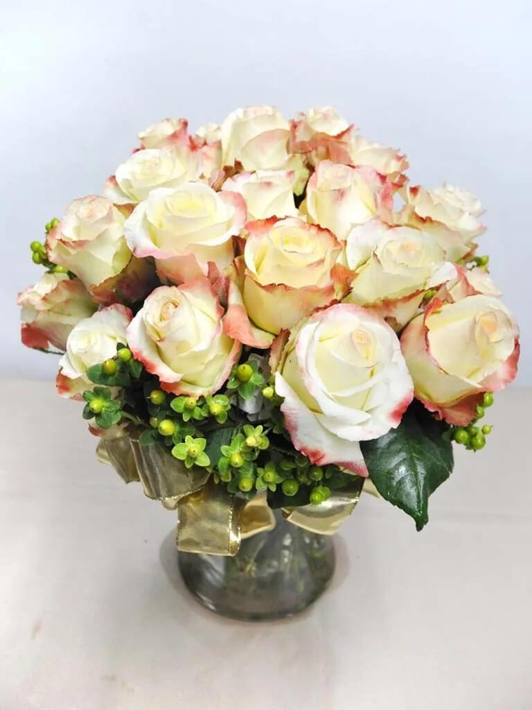 White House Florist in Artesia, CA