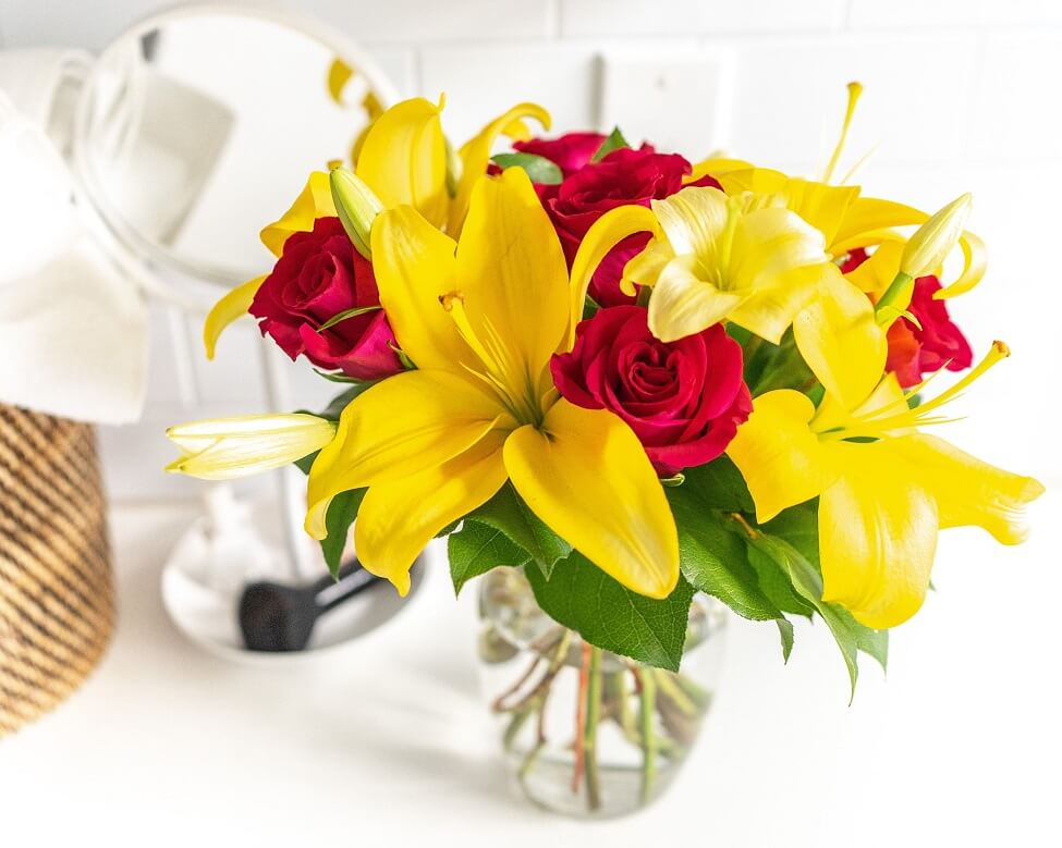 FromYouFlowers Cheap Flower Delivery in Sunset Park, Los Angeles