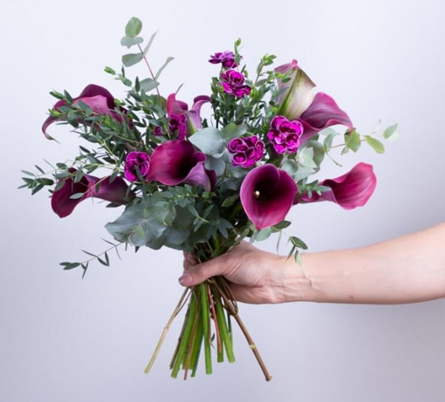 Ode a la Rose Flower Delivery in Texas