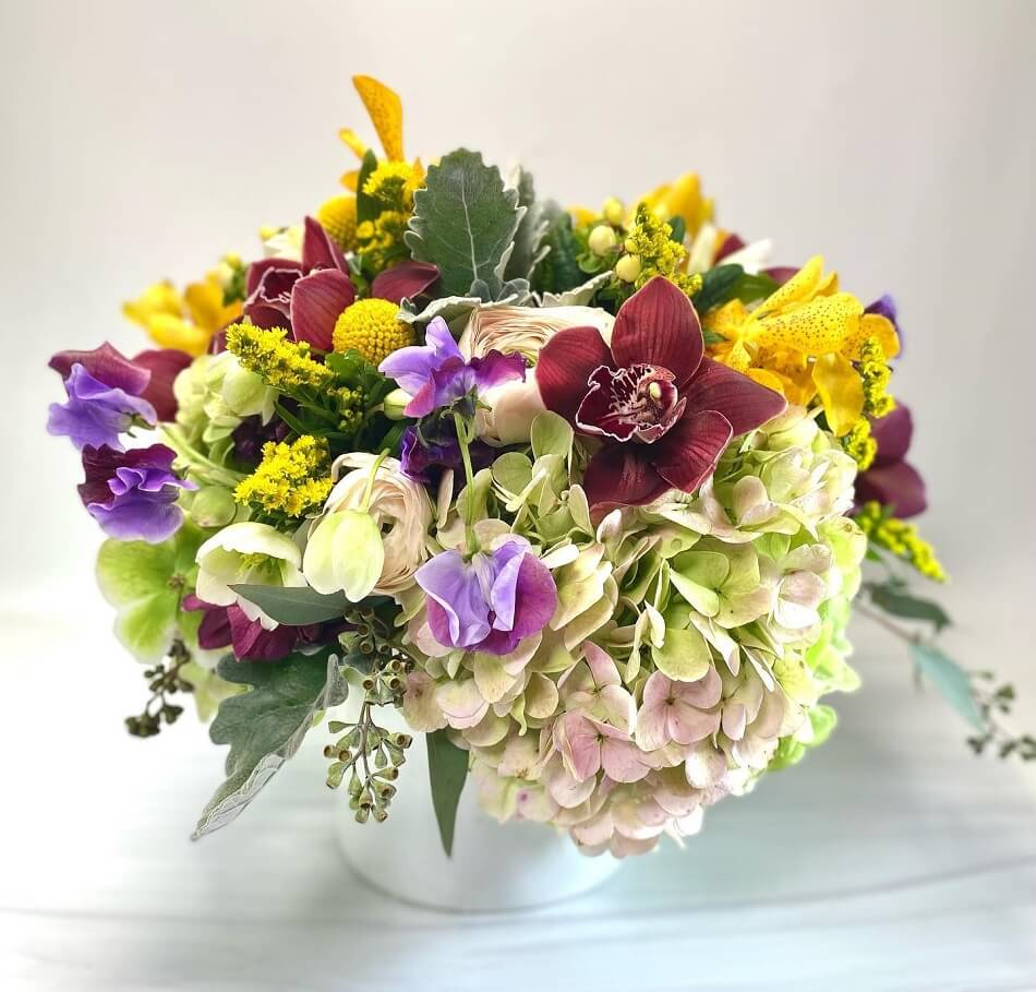 Ariston Flowers & Boutique Flower Delivery in the West Village, NYC