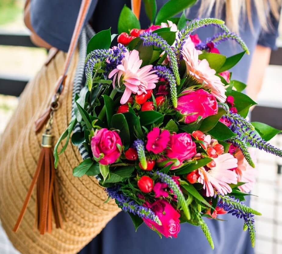 BloomsyBox Flower Subscription Delivery Service in NYC