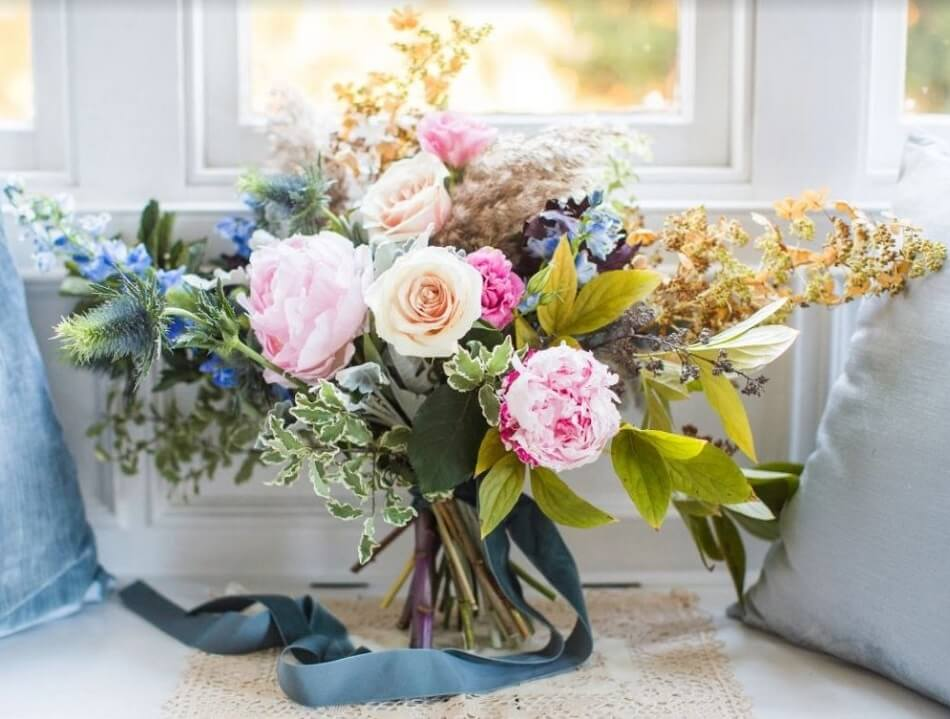 Petals and Roots Luxury Flower Subscription Service in New York City