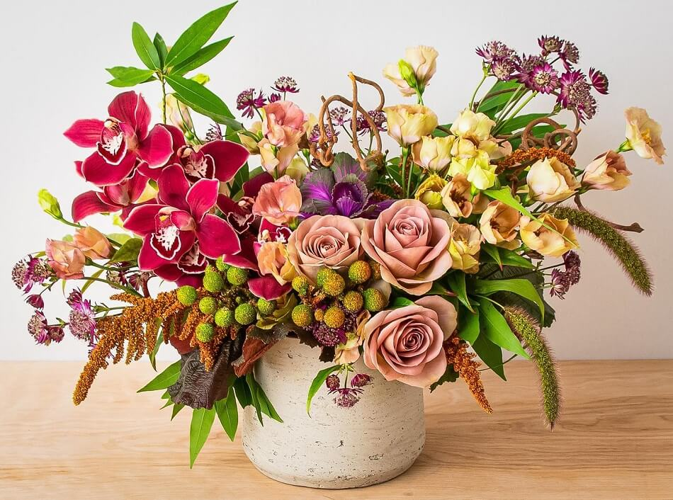 Scotts Flowers NYC Flower Delivery in Midtown Manhattan