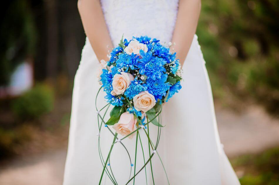 The Most Suitable Gifting Occasions & Uses of Blue Flowers