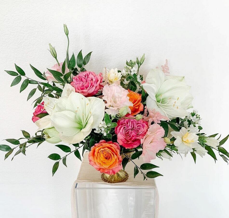 Alba Dahlia Floral Flower Delivery in Arlington, Texas