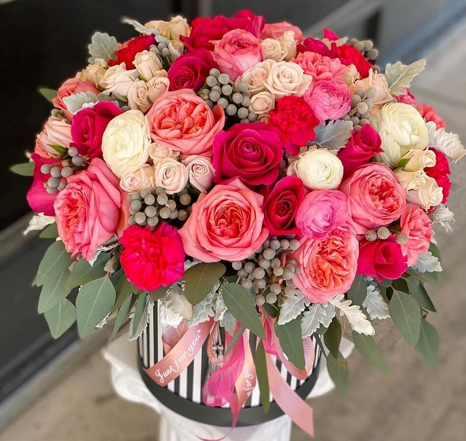 Beautiful Blooms Flower Delivery in Aurora, Colorado
