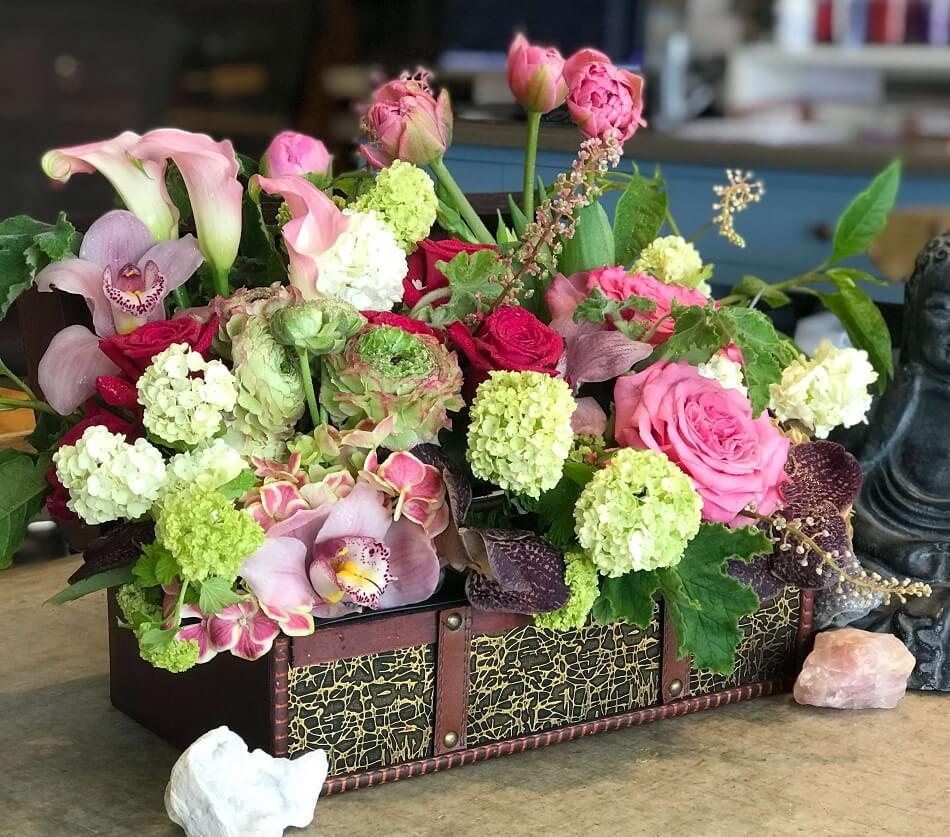 Designs by David floristry studio in Los Angeles, CA