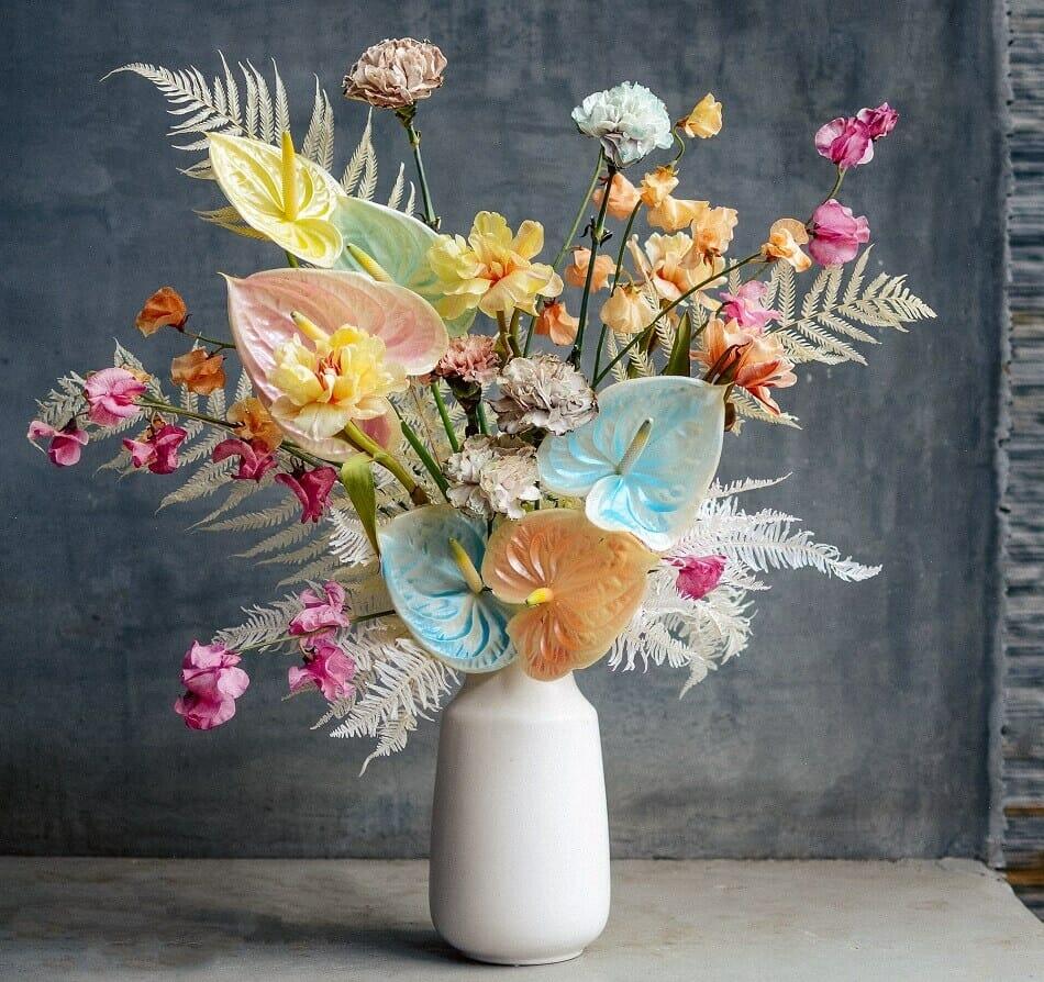 Empty Vase Luxury Flower Subscription Service in Los Angeles